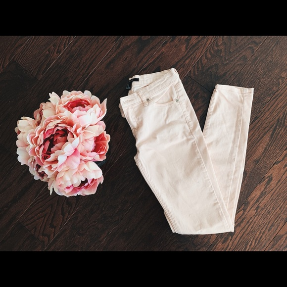 Forever 21 brand 🎀 soft pink girly jeans